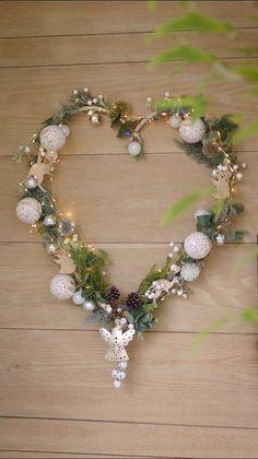Aussie Christmas, Frozen Christmas, Natural Christmas, All Things Christmas, Christmas Fun, Christmas Wreaths, Christmas Ornaments, Office Christmas, Christmas Design