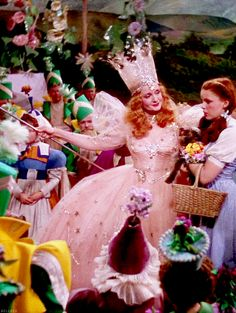 """Billie Burke and Judy Garland in """"The Wizard of Oz"""" (1939)"""