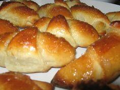 Bucataria Anei Maria: Cornuri pufoase cu gem