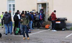 Kuntapäättäjien niukka enemmistö uskoo, että turvapaikan saaneet voivat lisätä heidän kotikuntansa elinvoimaa, selviää Lännen Median kyselystä.