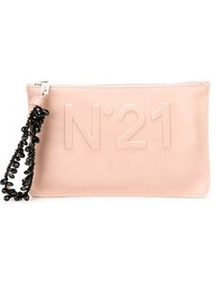 dd2a4525f31f Comprar Nº21 clutch con logo en relieve en Spazio Pritelli from the world s  best independent boutiques