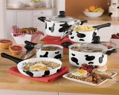 Cow cookware