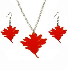 Red Oak leaf Set Grand Elegance and Stylish chandelier like leaves A Beautiful vibrant Frosted red Accessorie to add elegance to your autumn style made with stainless steel, sterling silver and perspex Each Charm size: approximately 1.5' drop inch