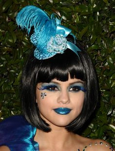 Selina Gomez all in blue..