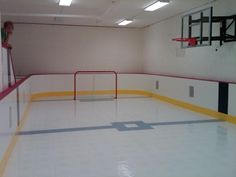 Hockey room and sport court for the kiddos...someday Hockey Man Cave, Basement House, Basement Ideas, Things To Do Inside, Indoor Play Equipment, Hockey Bedroom, Hockey Decor, Kids Play Spaces, Luxury Homes