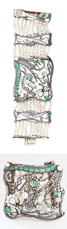 An impressive Jugendstil gold plate, diamond, emerald and natural pear bracelet, 1900-10. #Jugendstil #ArtNouveau #bracelet