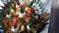 087781092707 Pesan Nasi Tumpeng Di Cijantung Jakarta, Catering, Table Decorations, Breakfast, Food, Morning Coffee, Meals, Yemek, Food Court