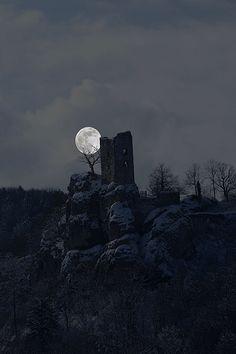 Ruin In Moonlight