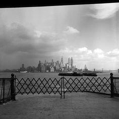 Vivian Maier :: NYC, September 1953