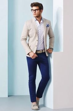 A smart casual combination of a beige blazer jacket and navy chinos can maintain its relevance in many different circumstances. For a more relaxed take, choose a pair of beige suede moccasins.