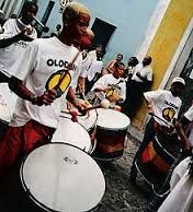 Surdo is a large bass drum used in many kinds of Brazilian music, such as Axé/Samba-reggae and samba, where it plays the lower parts from a percussion section. Reggae Style, Reggae Music, Samba Drums, Axe Music, Sergio Mendes, Brazilian Samba, Brazil Carnival, Rock In Rio, Best Vibrators