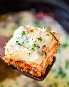 Low Carb Lasagna - Making lasagna can be super time consuming and a lot of work. Not to mention, it's a dieter's nightmare. This recipe resolves all three. First, it's made in a crock pot, so you can throw in the ingredients, turn it on and go about your day. Second, it's made with spaghetti squash instead of noodles so there aren't layered empty calories inside each slice.  Get the recipe from Well Plated.