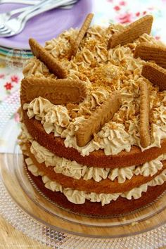 A Delicious and Moist 3-layer Biscoff Cake with Lotus Biscuits! Perfect Spiced and Sweet cake for all Biscoff Lovers out there! I now have a good few Biscoff recipes on my blog and they are always super popular because a lot of you seem to have the same adoration for Biscoff as I do! I recently updated my Biscoff Cookie Butter Cupcakes recipe to have some new pictures and they were such a massive hit I thought I would post my Cake version of the recipe! My recipes for my No-Bake…