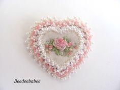 Heart brooch / Felt Heart Pin by Beedeebabee on Etsy https://www.etsy.com/listing/222778171/heart-brooch-felt-heart-pin