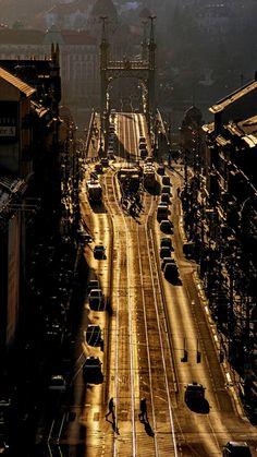 Kele János - A turulokkal egy magasságban (Budapest) Budapest City, Budapest Hungary, Homeland, Old World, Vintage Photos, Cool Pictures, Beautiful Places, Bridges, Roads