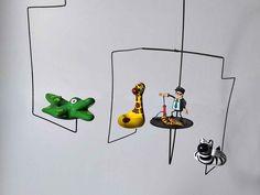 #mobile #mobileart #artcinetic #artcinetique #artcinétique #arthumour #arthumor #figurineanime #mobilebois #artcomic #artloufoque #creationartisanale #creationoriginale #creationminiature #créationminiature #creationatypique #unusualcreations #miniaturesculpture #miniatureart #miniaturefigure #artbd #artcomics #hangingart #minuaturebd Animal Floats, Mobiles Art, Figurine Anime, Mobile Sculpture, Le Zoo, Comedy Scenes, Metal Structure, Cool Paintings, Zebras