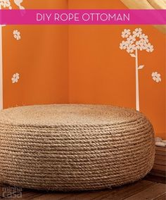Turn an Old Tire into a Nautical Inspired Ottoman - 40 Cheap DIY Projects for Small Apartments - Big DIY IDeas Rope Tire Ottoman, Diy Ottoman, Ottoman Ideas, Handmade Furniture, Diy Furniture, Furniture Design, Diy Divan, Chaise Diy, Reuse Old Tires