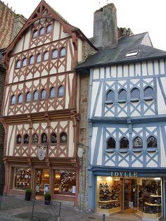 A Guingamp, Bretagne Zijn tot nu toe zijn we altijd wat teleurgesteld geweest, maar misschien zien we het niet ??!!