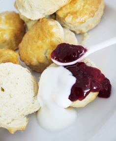 Bird's Party Blog: How to Make Traditional English Scones