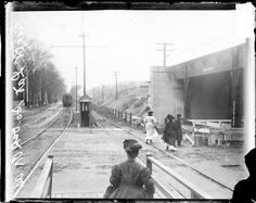 [Oak Park elevated train at South Oak Park Avenue, scene in connection with the smokers war].