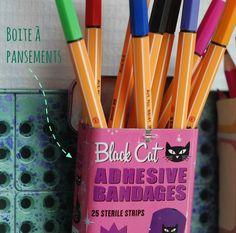 Tin box for felt pens / Une boite pour feutres