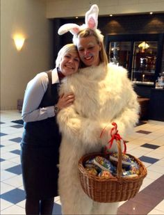 dfhfgjnhbjk Animal Costumes, Fursuit, Costume Design, Fur Coat, Nerd, Bunny, Animals, Explore, Photos