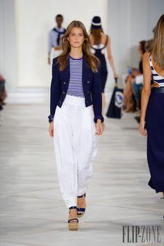 Ralph Lauren Spring-summer 2016 - Ready-to-Wear - http://www.flip-zone.com/fashion/ready-to-wear/fashion-houses-42/ralph-lauren-5791