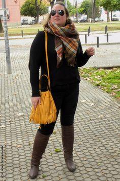 Trendy Curvy LOOK. OUTFIT TOTAL BLACK CON DETALLES MOSTAZA   #jeans #denim #vaquero #lookconjeans #vaquerotallagrande @violetabymango #camisamilitar #lookotoño #lookcasual #tallagrande #casual #outfittallagrande #curvy #plussizecurve #fashionbloggermadrid #bloggercurvy #personalshopper #curvygirl #loslooksdemiarmario #bloggermadrid #outfit #plussizeblogger #fashionblogger #lookotoño #ootd #influencer #trend #trendy #bloggerXL #totalblack #mostaza #mustard
