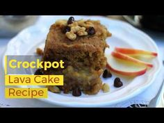 Dessert in a crock pot or slow cooker is a lovely thing. No need to heat up the kitchen and a fabulous dessert is warm and waiting to eat when you are ready. This Crock Pot Lava Cake Recipe is simply amazing! Lava Cake Recipe Crock Pot, Lava Cake Recipes, Lava Cakes, Crock Pot Desserts, Vegan Desserts, Healthier Desserts, Vegan Recipes, Vegan Vanilla Cake, Vegan Cake