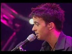 "Luis Fonsi - ""Se supone"" (en vivo)"