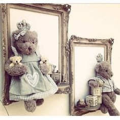 Easy Home Decors Easy Home Decors Ideas Bautizo, Art From Recycled Materials, Shabby Chic Picture Frames, Diy And Crafts, Arts And Crafts, Baby Frame, Flower Phone Wallpaper, Frame Crafts, Easy Home Decor