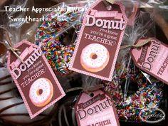 Lynlees Petite Cakes: Teacher Appreciation Week! Free printables by @Piggy Bank Parties