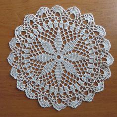 1 million+ Stunning Free Images to Use Anywhere Crochet Dollies, Crochet Diy, Crochet Buttons, Crochet Home, Thread Crochet, Irish Crochet, Vintage Crochet, Crochet Crafts, Crochet Flowers