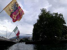 Les drapeau du Pont du Mont Blanc