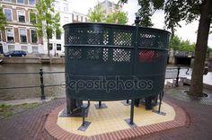Letöltés - Kültéri nyilvános vizelde Amszterdam — Stock Kép #23042504