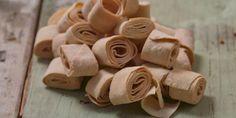 Παραδοσιακά ποντιακά ζυμαρικά με ιδιαίτερο σχήμα από τον Γυναικείο Αγροτικό… Deli, Peanut Butter, Almond, Blog, Asia, Kitchen, Products, Cooking, Kitchens