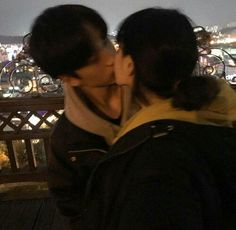 132 images about ulzzang couple ♥ 👀 on we heart it K Fashion, Cute Couples Goals, Funny Couples, Cute Relationship Goals, Cute Relationships, Ulzzang Couple, Ulzzang Girl, Cute Korean, Korean Girl