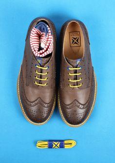 당신의 신발에 위트를 더한다면?  매일 보던 신발에 새로운 재미를 선사할 것입니다.
