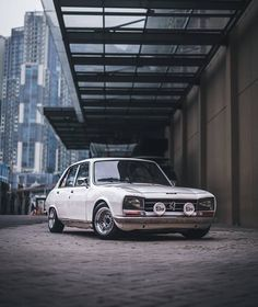 Peugeot 504 🇫🇷.Owner Modified Cars, Vw Bus, Peugeot, Bmw, Wallpaper, Vintage, Instagram, Wallpapers, Pimped Out Cars