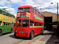 London Bus, Old London, Bus Coach, London Transport, Busses, Coaches, Taxi, Over The Years, Planes