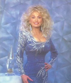 I saw Dolly Parton in concert a few years ago.  She knows how do put on a show, that's for sure.  It was Awesome!!!