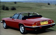 Saw one of these on the way home from work.  It immediately went on my #wishlistwednesday   JAGUAR XJSC
