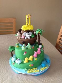 Noah's ark- this would make a cute baby shower cake Noahs Ark Cake, Noahs Ark Party, Fondant Cakes, Cupcake Cakes, Cake Business, Baby Shower Cakes, Baby Cakes, Cake Decorating Techniques, Creative Cakes