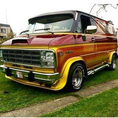 Old School Vans, Vans Old Skool, Pick Up, Chevrolet Van, Gmc Vans, Old American Cars, Dodge Van, Vanz, Day Van
