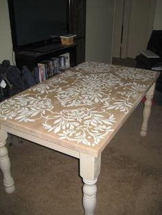 DIY Kitchen Table | Stenciled DIY Kitchen Table ♥ | Craft Ideas