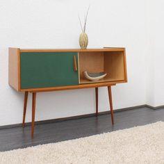 63 Vintage Furniture Collection: Buffet Cabinets, Sideboards, Bedside Tables and Desks https://www.futuristarchitecture.com/4665-vintage-furnitures.html #vintage