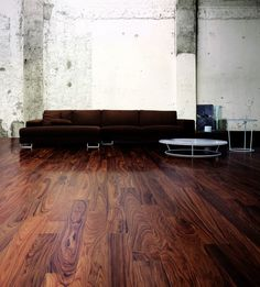 dark hardwood flooring and white wall design in living room for home and advice for home furniture and home decoration 4 Hall Flooring, Unique Flooring, Plank Flooring, Wooden Flooring, Hardwood Floors, Dark Hardwood, Floor Design, Wall Design, Flooring Companies