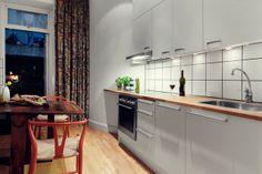 White Kitchen. Appartement scandinave