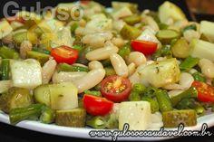 Para o #almoço temos a Salada de Feijão Branco e Vagem, é nutritiva, refrescante e super saborosa!  #Receita aqui => http://www.gulosoesaudavel.com.br/2012/08/13/salada-feijao-branco-vagem/