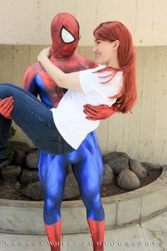Characters: Spider-Man (Peter Parker) & Mary Jane Watson / From: MARVEL Comics 'The Amazing Spider-Man' / Cosplayers: Unknown